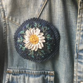 marguerite broche