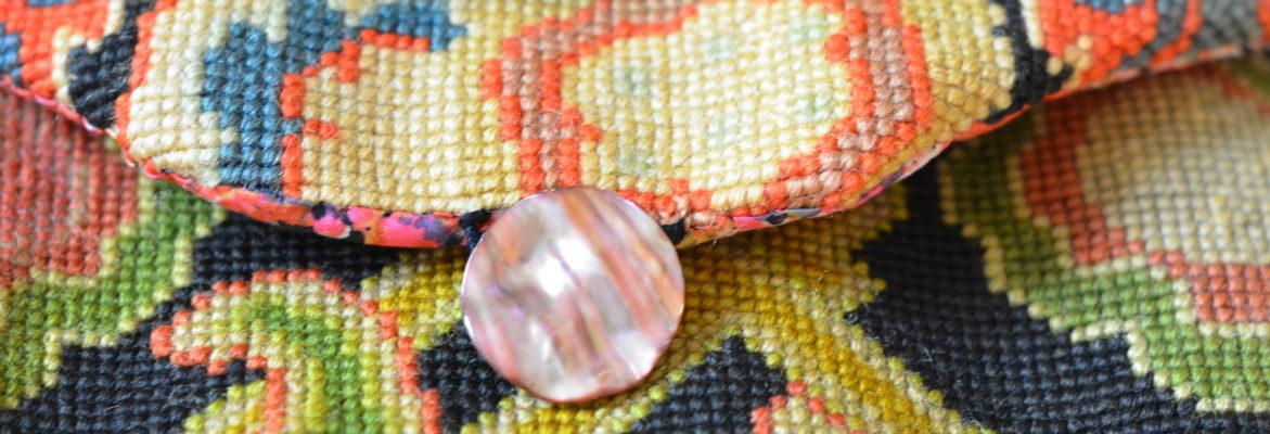 Création textile, canevas récupéré