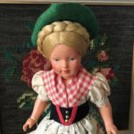 poupée folklorique autrichienne buste