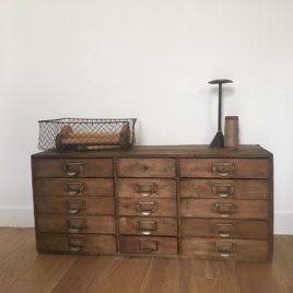 meuble bois atelier à tiroirs