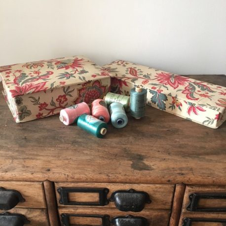 boites tissus anciennes
