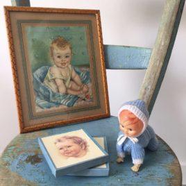 cadre bébé ancien