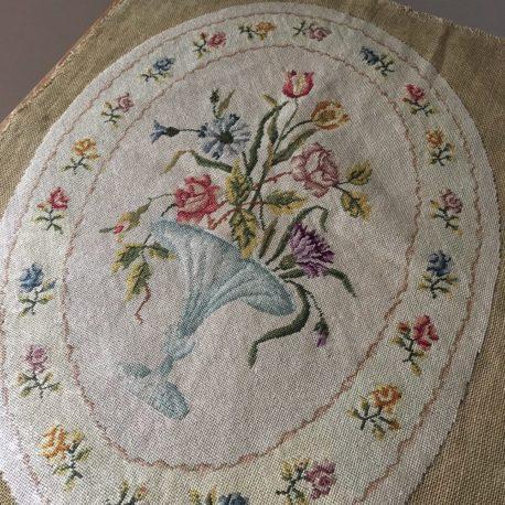 tapisserie ovale détail