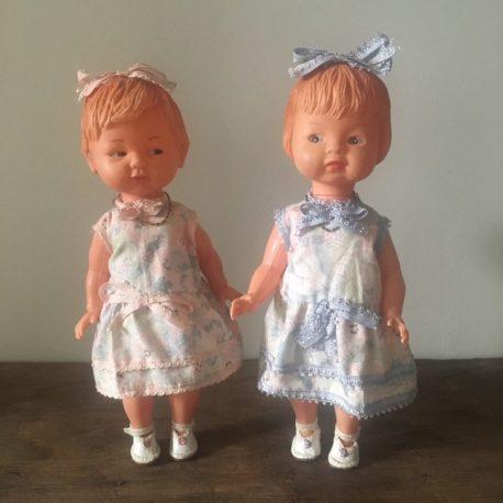 paire de poupées vintage