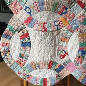 wedding ring quilt motif