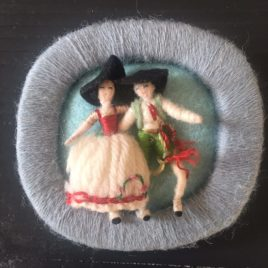 broche miniatures