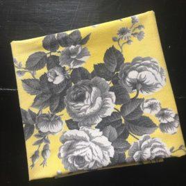 Roses grises