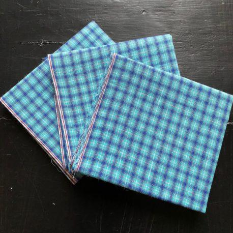 carreaux turquoise et bleus